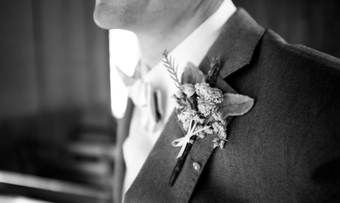 bow tie wedding Groom Close Up on Suit